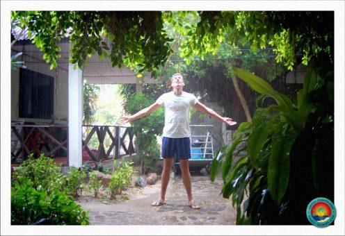 erster Tropenregen