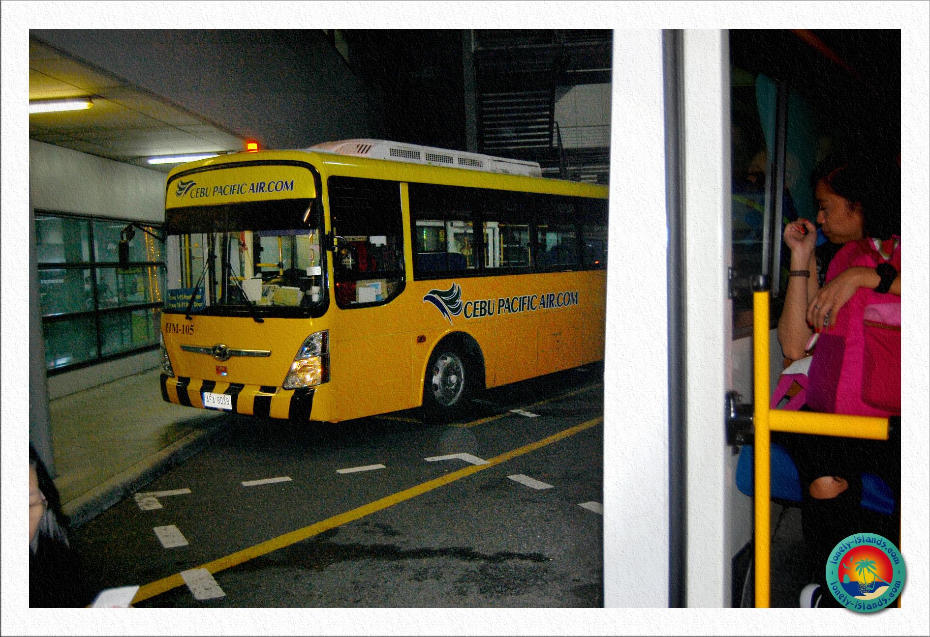 Bustransfer am Flughafen Manila