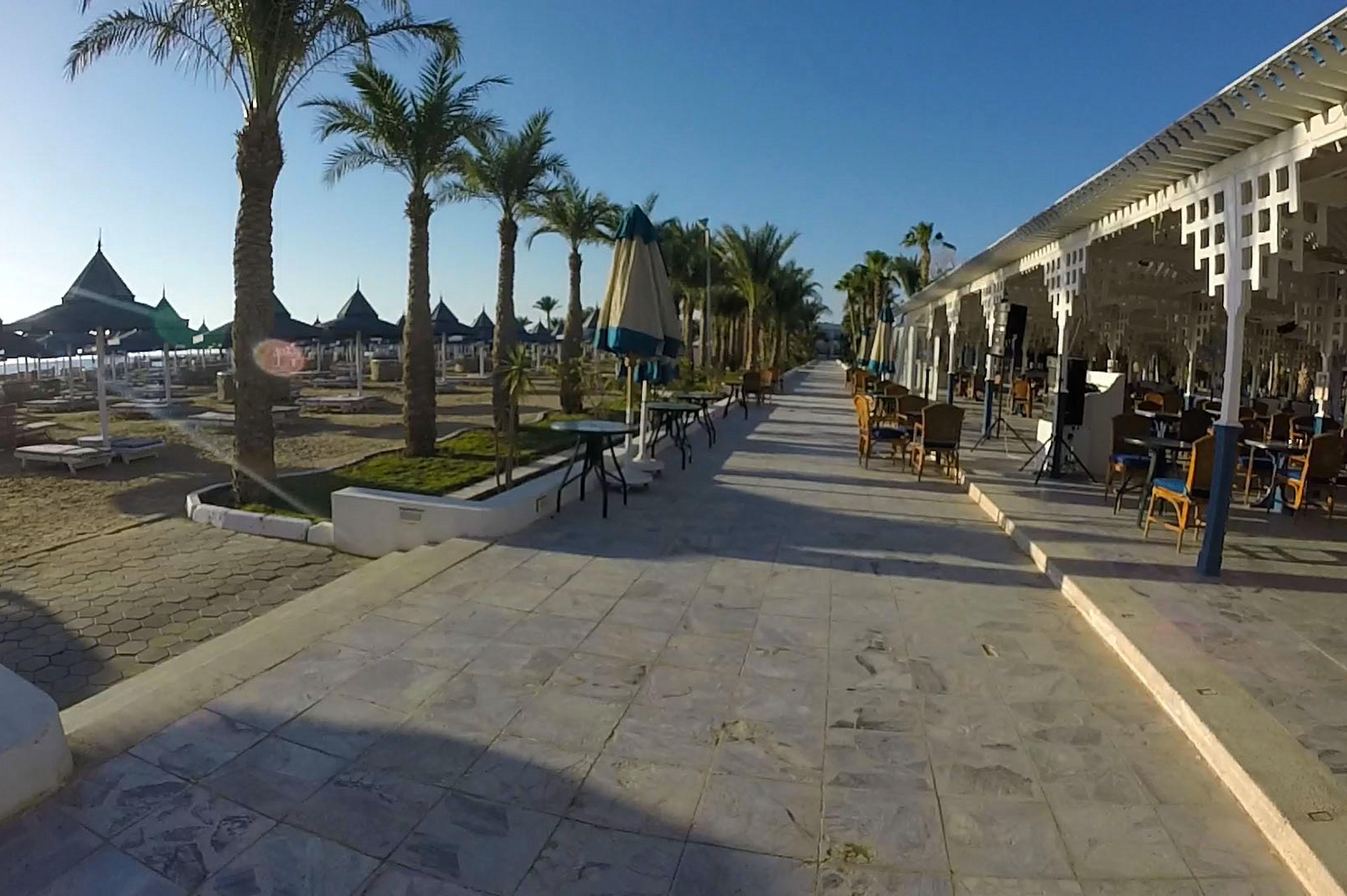 Sonnenaufgang beim Grand Hotel - Hurghada